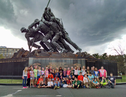 Students in front of Iwo Jima Memorial
