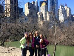 NYC - Girls in Central Park